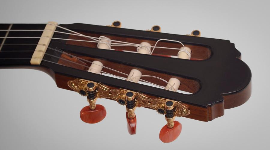 بهترین گیتار کلاسیک با قیمت کمتر از ۶۵۰ هزار تومان