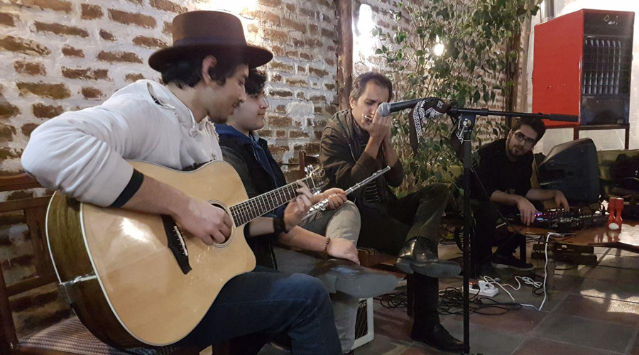 رویداد شماره ۱ لامینور - اجرای راک و بلوز در کافه رد - ۵ بهمنماه